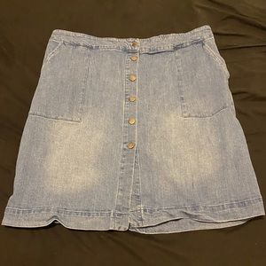 EUC plus size ava and viv denim skirt!